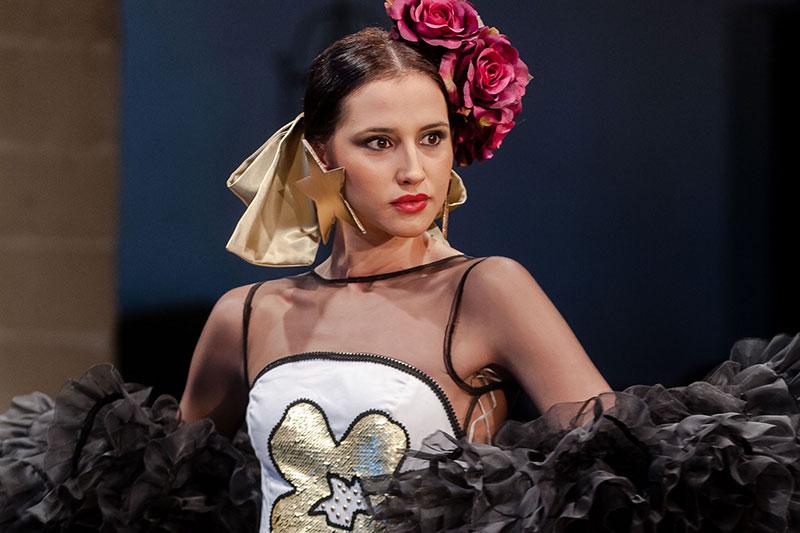 Pepa Mena gana el X certamen de diseñadores noveles de la Pasarela Flamenca Jerez – Tío Pepe 2018